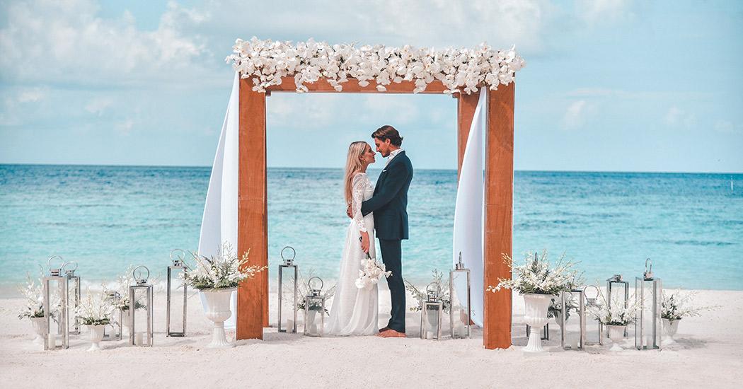 Raffles_wedding